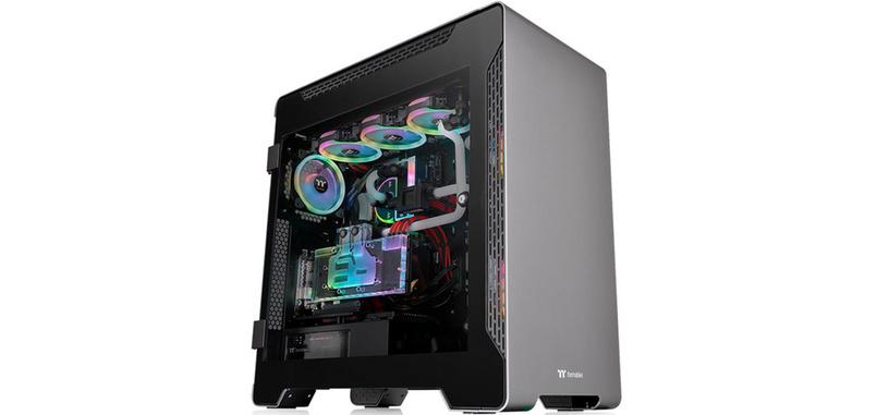 Thermaltake presenta la caja A700 TG de aluminio y cristal templado