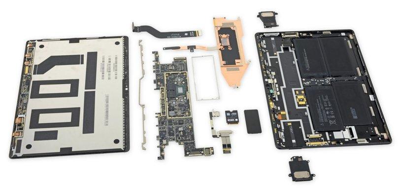 El desmontaje de la Surface Pro X muestra que es una tableta bastante reparable por uno mismo
