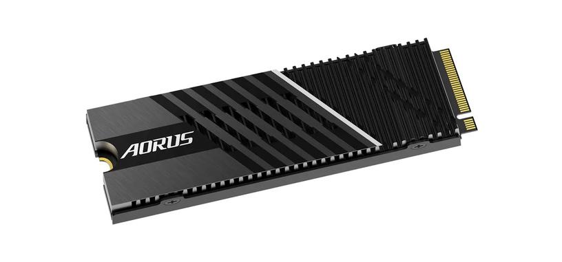 Gigabyte anuncia la serie AORUS Gen4 7000s de SSD de 1 TB y 2 TB