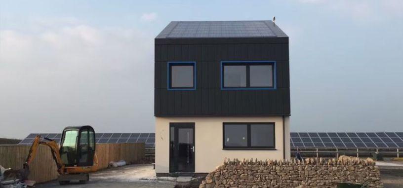 Esta casa de bajo carbono genera más electricidad de la que usa