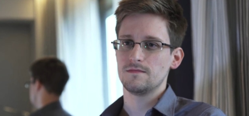 El Parlamento Europeo a favor de conceder asilo político a Edward Snowden