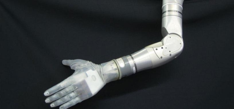 Un brazo protésico devuelve el sentido del tacto a un paciente