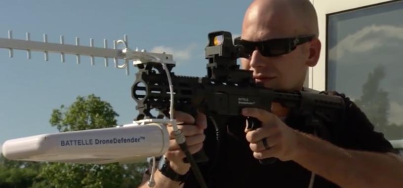 Un rifle permitirá a la policía quitar el control de los drones a sus dueños