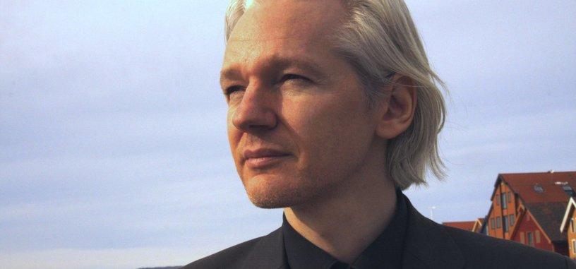 Ecuador retira el estatus de asilado a Assange y es arrestado por la policía londinense