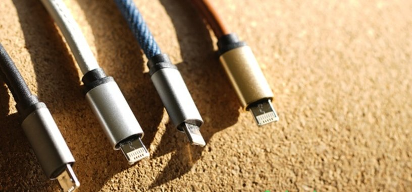 Este cable con conector especial sirve como micro USB y Lightning