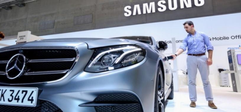 Samsung y Mercedes-Benz presentan una nueva tecnología para abrir el coche con tu móvil