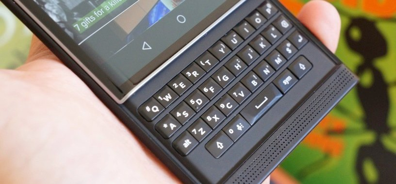 BlackBerry incluirá su característico teclado físico en teléfonos fabricados por terceros