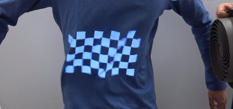 Cambia el diseño de tus camisetas con la proyección de imágenes en superficies no rigidas