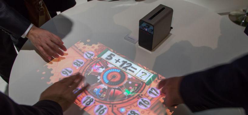 El proyector Xperia Touch convierte cualquier superficie en un dispositivo Android