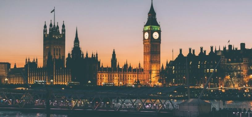 Reino Unido quiere prohibir la venta de coches diésel y gasolina a partir de 2040