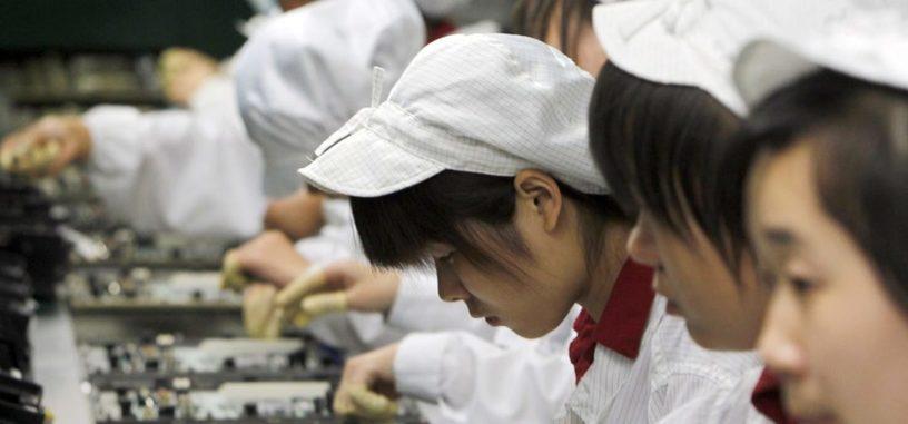 Apple admite que varios becarios trabajaron horas de más en las líneas de producción del iPhone X