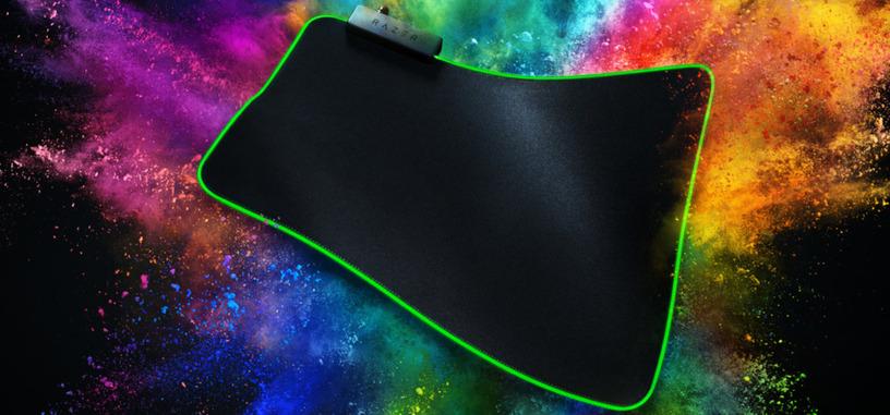 La alfombrilla Goliathus de Razer ahora cuenta con iluminación RGB y llega en dos tamaños