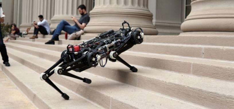 El MIT presenta un robot que no necesita la vista para moverse con libertad